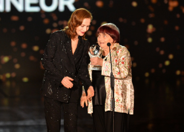 Isabelle Huppert et Agnès Varda © Rachid Bellak Pool Bestimage