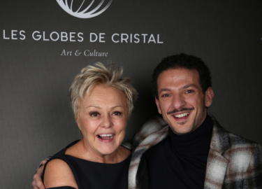 Muriel Robin et Vincent Dedienne - Backstage  © Rachid Bellak Pool  BestimageFor Germany call for price Exclusive - The Cristal Globes Awards Ceremony 2018 at the Lido Parisian cabaret in Paris, France, February 12th 2018.